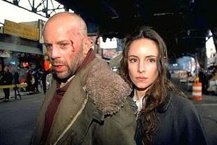 Bruce Willis e Madeleine Stowe nel film L'esercito delle dodici scimmie