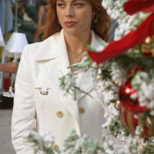 Melinda Clarke al Chrismukkah nell'episodio La festa di tutti di The O.C.
