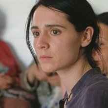 Mélissa Désormeaux-Poulin in una scena del film La donna che canta