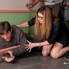 Ashton Kutcher e Lake Bell in una scena del film No Strings Attached