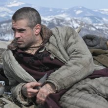 Colin Farrell in una scena del film The Way Back