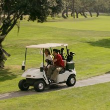 Marissa (Mischa Barton) e Oliver (Taylor Handley) in un Golf cart nell'episodio Sul campo da golf di The O.C.