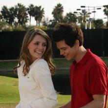 Marissa (Mischa Barton) e Oliver (Taylor Handley) nell'episodio Sul campo da golf di The O.C.