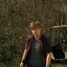 Ryan (Benjamin McKenzie) piuttosto irritato nell'episodio Sul campo da golf di The O.C.