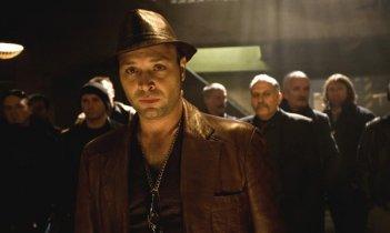 Vicente Romero in un'immagine del film Carne de neón