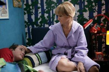 Luciana Littizzetto con Lorenzo Vavassori nella serie tv Fuoriclasse