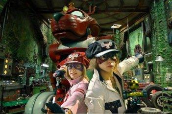 Una immagine tratta da Yattaman, adattamento dell'anime televisivo firmato da Takashi Miike