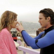AnnaLynne McCord e Zachary Abel nell'episodio Best Lei'd Plans di 90210