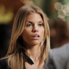 AnnaLynne McCord nell'episodio How Much Is That Liam In The Window di 90210