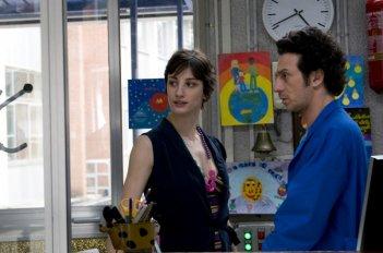 Ficarra con Francesca Inaudi nel film Femmine contro Maschi