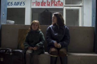 Paula Galinelli Hertzog e Laura Agorreca nel film El Premio