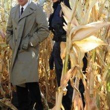 David Boreanaz e Emily Deschanel nell'episodio The Sin in the Sisterhood di Bones