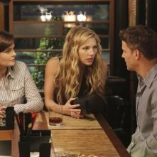 David Boreanaz, Emily Deschanel e Katheryn Winnick nell'episodio The Couple in the Cave di Bones