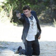 David Boreanaz nell'episodio The Bullet in the Brain di Bones