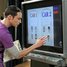 Jim Parsons nell'episodio The Love Car Displacement di The Big Bang Theory