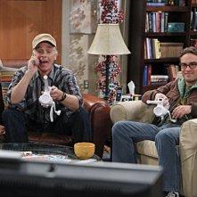 Johnny Galecki e la guest star Keith Carradine nell'episodio The Boyfriend Complexity di The Big Bang Theory