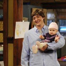 Lucas Neff nell'episodio Meet The Grandparents di Raising Hope