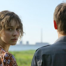 Svetlana Smirnova-Marcinkevich ed Anton Shagin nel film Innocent Saturday (V-Subbotu)