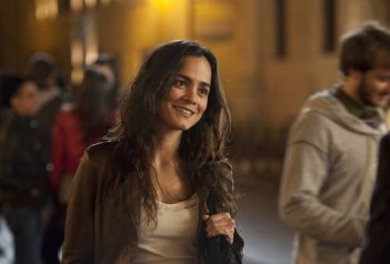Alice Braga nel film The Rite