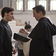 Colin O'Donoghue con Ciaran Hinds in un'immagine del film The Rite