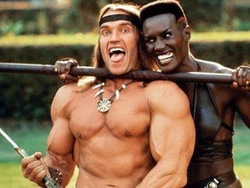 Arnold Schwarzenegger e Grace Jones sul set di Conan il Distruttore