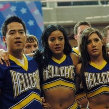 Jeremy Wong, Heather Hemmens ed Ashley Tisdale nell'episodio Papa, Oh Papa di Hellcats