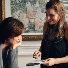 Kristin Scott Thomas con la regista Lola Doillon sul set del film Contre toi