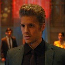 Matt Barr in una scena dell'episodio Pledging My Love di Hellcats
