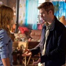 Shaun Sipos e Brittany Robertson in una scena dell'episodio Honeymoon Interrupted di Life UneXpected
