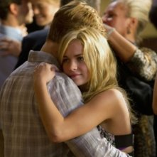 Shaun Sipos e Brittany Robertson nell'episodio Plumber Cracked di Life UneXpected