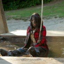 Shiri Appleby in un momento dell'episodio Camp Grounded di Life UneXpected