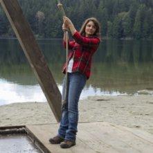 Shiri Appleby in una scena dell'episodio Camp Grounded di Life UneXpected