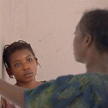 Una prima immagine del film Notre étrangère