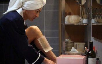Andy Lau in una sequenza divertente del film I Know a Woman's Heart