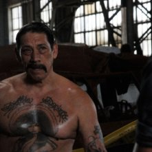 Danny Trejo in una scena del film Death Race 2