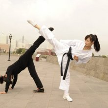 Rina Takeda con Hina Tobimatsu in una scena di Karate Girl