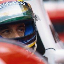 Ayrton Senna in un primo piano tratto dal film Senna