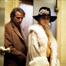 Maria Schneider e Marlon Brando in Ultimo tango a Parigi