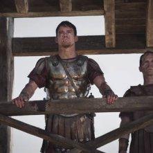 Channing Tatum e Denis O'Hare in una scena del film The Eagle