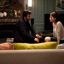Eric Caravaca e Arly Jover in una scena di Qui a envie d'être aimé?