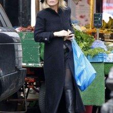 Kate Moss durante qualche spesa al Portobello Market di Notting Hills