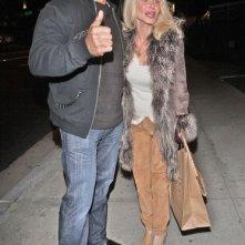 Lou Ferrigno e sua moglie fuori dal BOA Steakhouse in West Hollywood