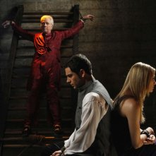 John Larroquette, Zachary Levi e Yvonne Strahovski in trappola in Chuck Versus the Seduction Impossible