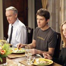 Karl (John Terry), Seth (Ryan Devlin) e Kitty (Calista Flockhart) nell'episodio Scandalized di Brothers & Sisters