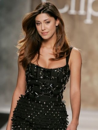 La soubrette e modella argentina Belen Rodriguez ad una sfilata
