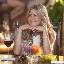 Jennifer Aniston in una scena del film Just Go With It