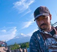 Takashi Shimizu sul set dell'horror The Shock Labyrinth 3D (2010)