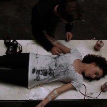 Una immagine del film Vampire di Iwai Shunji