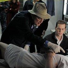 David McCallum e Sean Murray nell'episodio A Man Walks Into a Bar... di NCIS