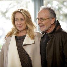 Patricia Wettig e Ron Rifkin nell'episodio Thanks For The Memories di Brothers & Sisters